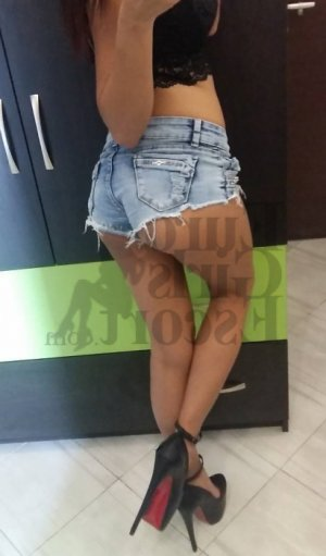 Marie-laura tantra massage in Winthrop Town