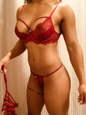 Marie-natacha nuru massage in Soquel