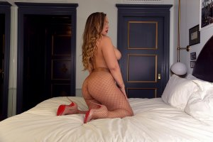 Kellya nuru massage in Darien Illinois